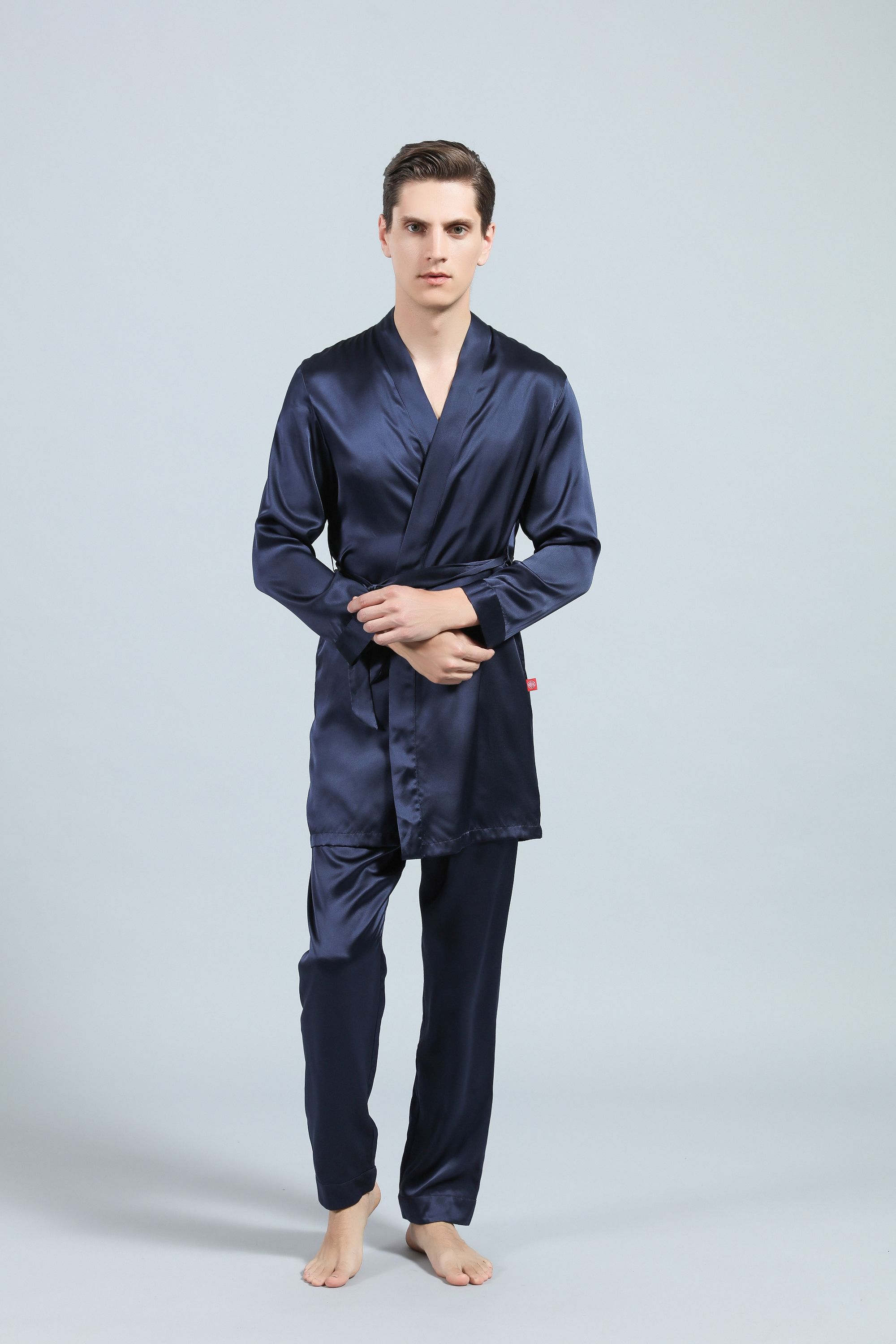 Why Should You Use Men's Silk Pajamas?